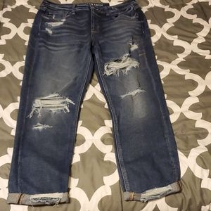 AMERICAN EAGLE STRETCH TOMGIRL cropped jeans